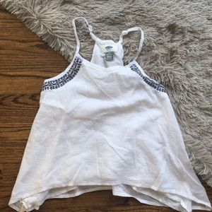 💜Old Navy girls white tank top w/ navy embroidery